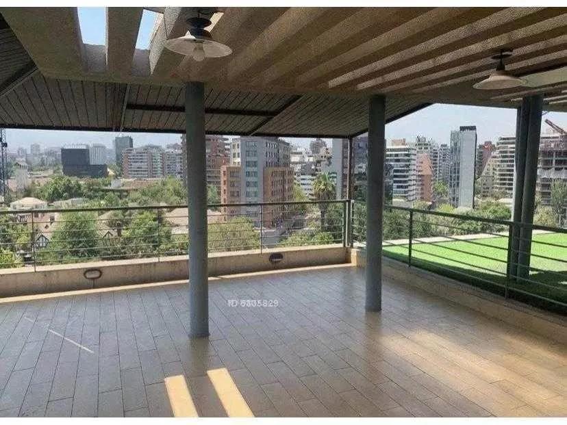 Dúplex Penthouse / Nueva Costanera