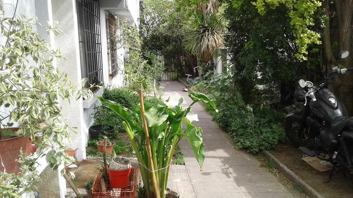 Los Aliaga / Avenida Ossa C_292780