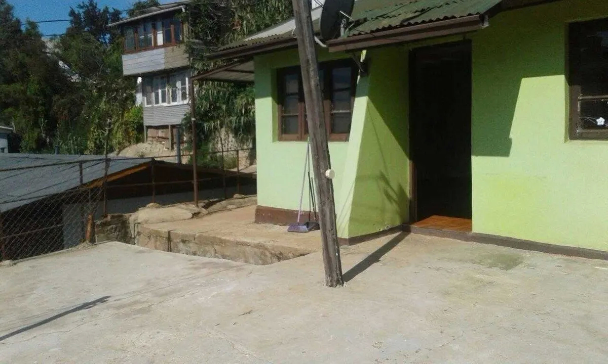 3 Casas Independientes Lejana Vista Al Mar En Valparaiso,