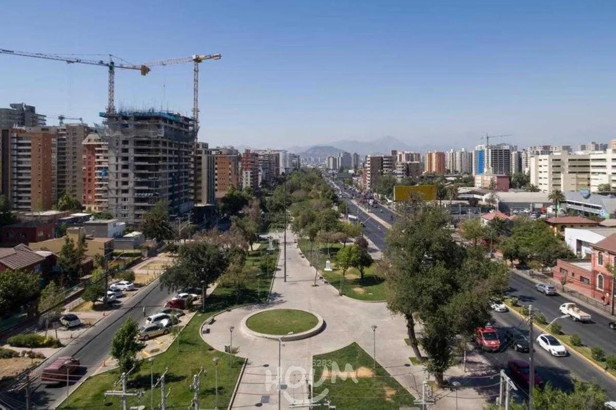 Gran Avenida Jose Miguel Carrera, Lo Vial, San Miguel