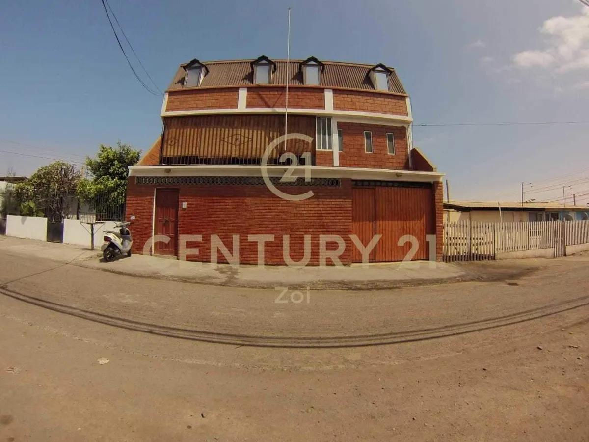 Oportunidad! Casa Con 23 Habitaciones En Barrio Universitario, Arica.