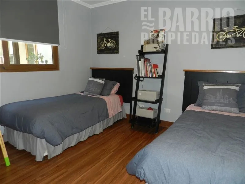 Chicureo / Piedra Roja, Colina