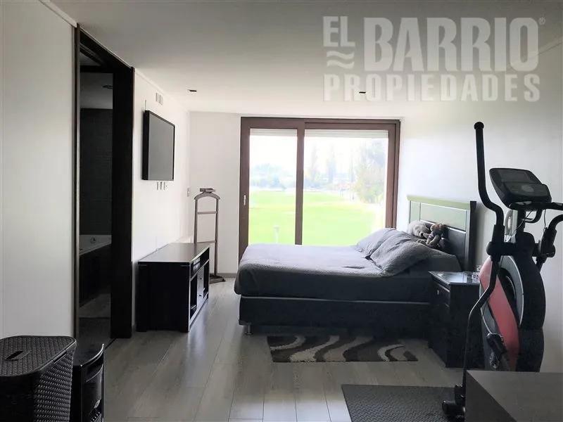 La Reserva/ Las Canteras, Colina