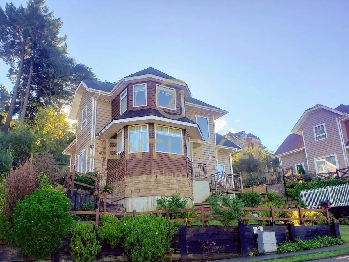 Casa En Excelente Barrio Puerto Varas De 4b Y 4d A 10.000uf