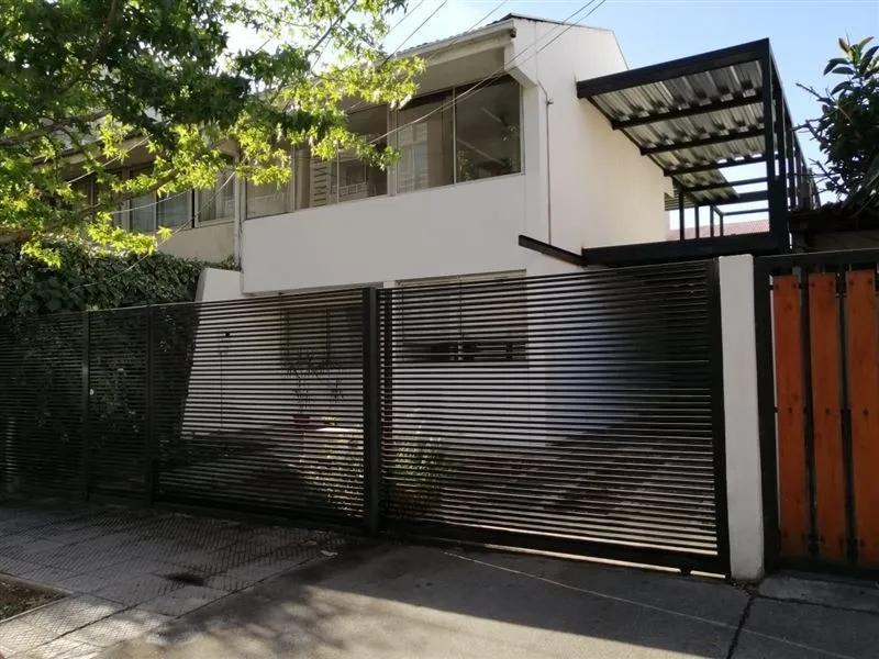Casa Santa Victoria/ Santa Isabel/ Lira