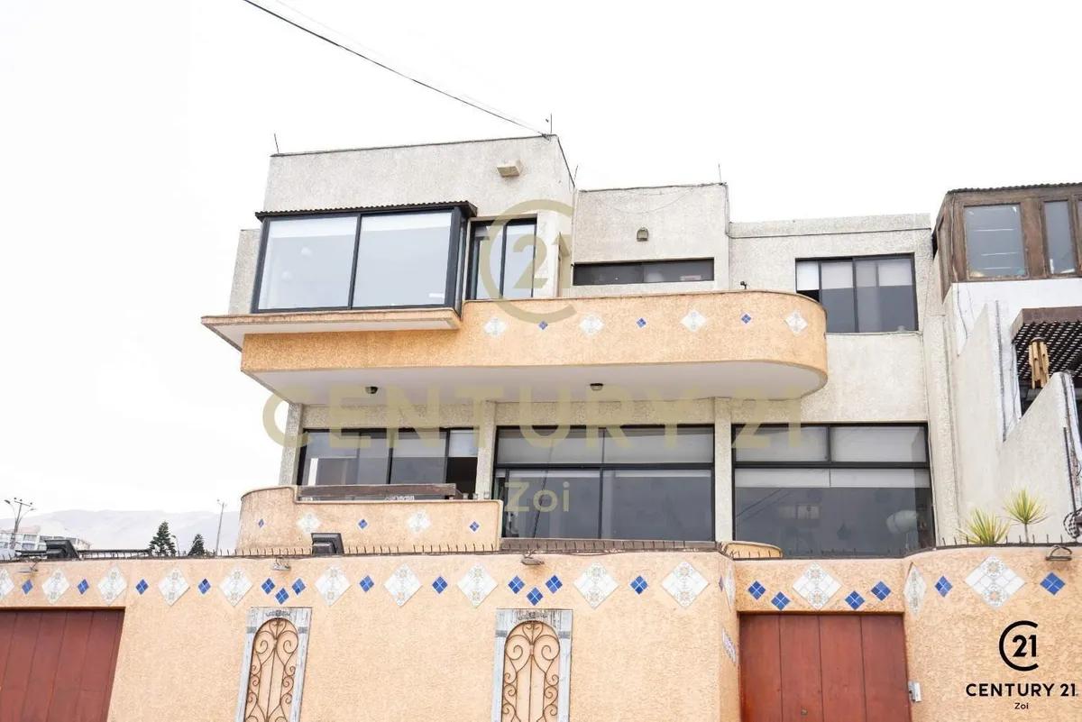 Casa En Primera Línea