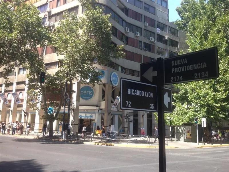 Metro Los Leones/ricardo Lyon /nueva Providencia