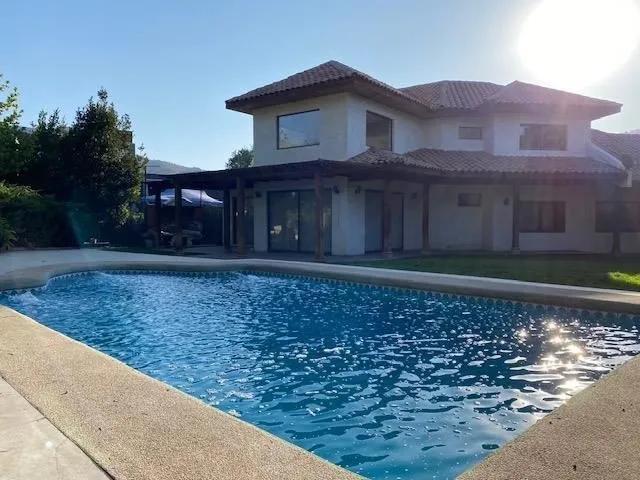 Venta Preciosa Casa Chilena En Condominio La Reserva// Alba 2// Colegio Dunalastair // Linconl// Radial Nor Oriente