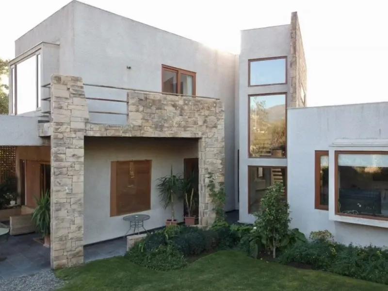 Condominio Hacienda De Chicureo, Excelente Ubicación.