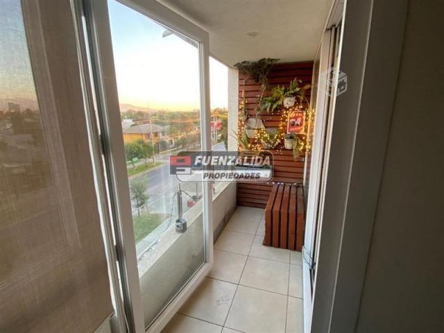 DEPARTAMENTO Diagonal Santa Elena / Pintor …